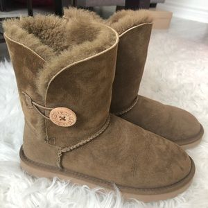 UGG Australia Bailey Button Sheepskin Boot